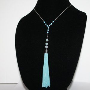 Vintagejelyfish Jewelry - Beautiful silver and aqua tassel necklace w stones